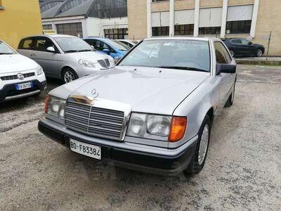 Mercedes-Benz 200 Coupé 200 CE Coupé usata