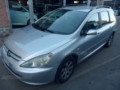 Peugeot 307 SW HDi Station S usata