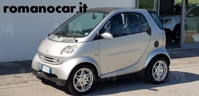smart fortwo 1000 45 kW MHD coupé pure usata