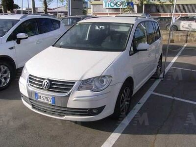 Volkswagen Touran 16V TDI DSG Highline usata