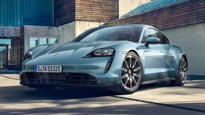 Porsche Taycan 4S nuova
