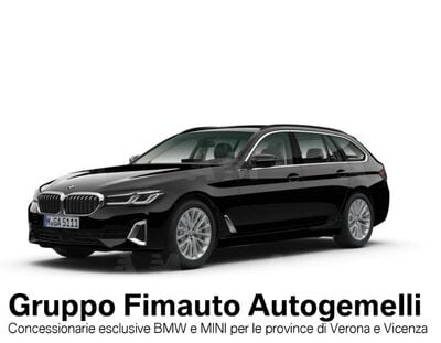 BMW Serie 5 Touring 520d 48V  Luxury nuova