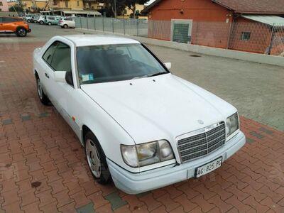 Mercedes-Benz 200 200 cat
