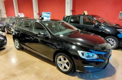 Volvo V60 D2 Geartronic Business usata