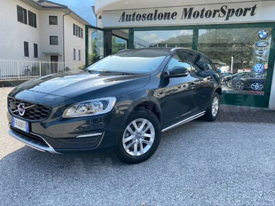 Volvo V60 Cross Country D3 Geartronic Business usata