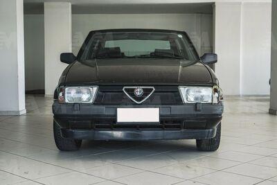 Alfa Romeo 75 2.0 usata