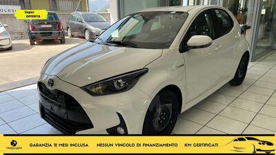 Toyota Yaris 1.5 Hybrid 5 porte Active nuova