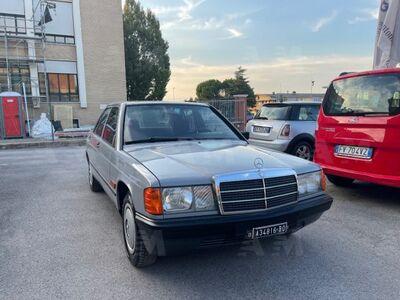 Mercedes-Benz 190 2.0 usata